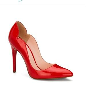 Red pin up retro  high heels